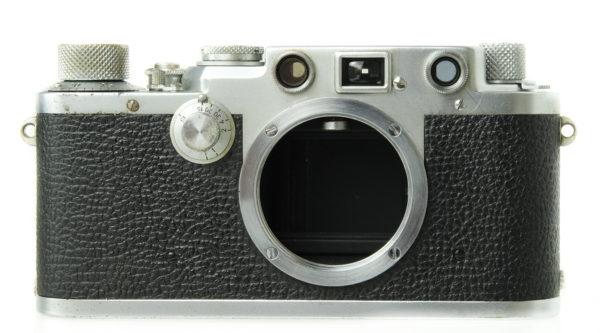Leica 111f Chrome Black Dial