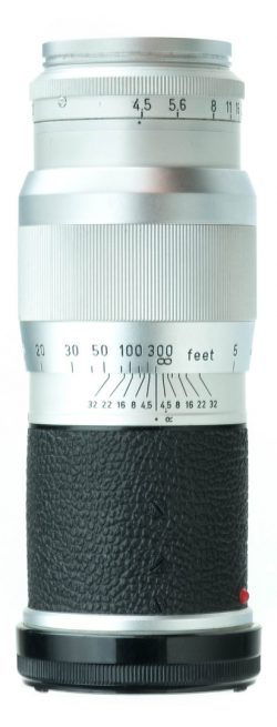Leica Hektor 135mm f/4.5 M w/ caps